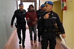 OMICIDIO MARIA LUISA SILVESTRI L'ASSASSINO PIERPAOLO ALESSIO PORTATO IN TRIBUNALE