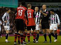 Photo. Glyn Thomas, Digitalsport<br /> West Bromwich Albion v Blackburn Rovers. <br /> Barclays Premiership. 26/04/2005.<br /> Blackburn players dispute the awarding of a free kick to West Brom, as Kieran Richardson (R) steps up to score a brilliant goal.