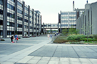 GV, general view, campus, University of Ulster, Jordanstown, Newtownabbey, 19850416UUJ2..Copyright Image from Victor Patterson, 54 Dorchester Park, Belfast, UK, BT9 6RJ..Tel: +44 28 9066 1296.Mob: +44 7802 353836.Voicemail +44 20 8816 7153.Skype: victorpattersonbelfast.Email: victorpatterson@mac.com.Email: victorpatterson@ireland.com (back-up)..IMPORTANT: If you wish to use this image or any other of my images please go to www.victorpatterson.com and click on the Terms & Conditions. Then contact me by email or phone with the reference number(s) of the image(s) concerned.