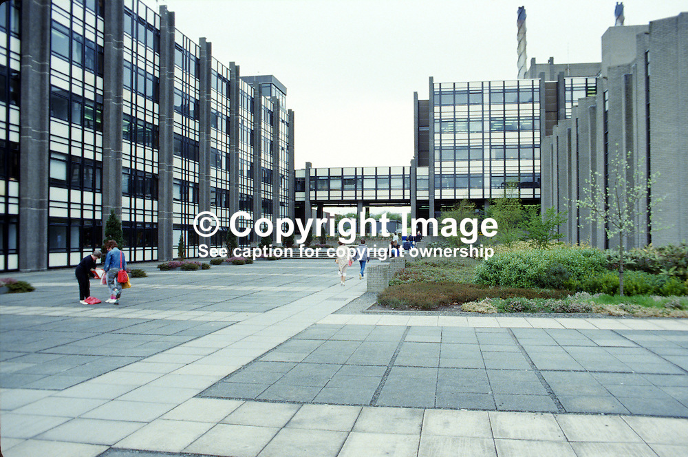 GV, general view, campus, University of Ulster, Jordanstown, Newtownabbey, 19850416UUJ2.<br /> <br /> Copyright Image from Victor Patterson, Belfast, UK<br /> <br /> t: +44 28 9066 1296 (from Rep of Ireland 048 9066 1296)<br /> m: +44 7802 353836<br /> e: victorpattersonbelfast@gmail.com<br /> <br /> www.images4media.com<br /> <br /> Please see my full Terms and Conditions of Use at https://www.images4media.com/p/terms-conditions - it is IMPORTANT that you familiarise yourself with them.<br /> <br /> Images used online incur an additional cost. This cost should be agreed in writing in advance. Online images must be visibly watermarked i.e. © Victor Patterson or that of the named photographer within the body of the image. The original metadata must not be deleted from images used online.<br /> <br /> This image is only available for the use of the download recipient i.e. television station, newspaper, magazine, book publisher, etc, and must not be passed on to a third party. It is also downloaded on condition that each and every usage is notified within 7 days to victorpattersonbelfast@gmail.com.<br /> <br /> The right of Victor Patterson (or the named photographer) to be identified as the author is asserted in accordance with The Copyright Designs And Patents Act (1988). All moral rights are asserted.