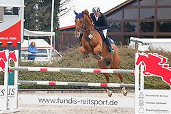 09.1, Youngster-Springprfg. Kl. M** 6+7j. Pferde,Ehlersdorf, Reitanlage Jörg Naeve, 13.05. - 16.05.2021, Thomas Voss (GER), Mister Zinedine,