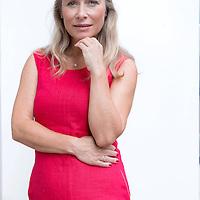 Nederland, Amsterdam, 26 augustus 2016.<br />Petronella Hendrika (Elle) van Rijn (Odiliapeel, 9 mei 1967) is een Nederlands actrice en scriptschrijfster, die de acteursopleiding aan de Toneelschool in Maastricht volgde, waar ze na vier jaar afstudeerde.<br /><br /><br /><br />Foto: Jean-Pierre Jans