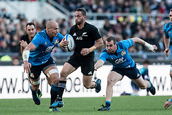 November 12, 2016 - Rome, Italy - Aaron Cruden of New Zealand is tackled by Sergio Parisse of Italy  during the International Match between Italy and New Zealand at Stadio Olimpico, Rome, Italy on 12 November 2016. Photo by Giuseppe Maffia. (Credit Image: © Giuseppe Maffia/NurPhoto via ZUMA Press)