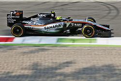 Sergio Perez (MEX) Sahara Force India F1 VJM09.<br /> <br />  bei den Vorbereitungen zum GP von Italien 2016 in Monza<br /> <br /> / 020916<br /> <br /> *** Formula One Grand Prix of Italy on September 2, 2016 in Monza, Italy. ***