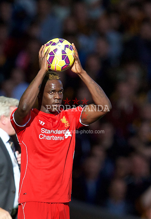 LIVERPOOL, ENGLAND - Saturday, October 25, 2014: Liverpool's Mario Balotelli in action against Hull City during the Premier League match at Anfield. (Pic by David Rawcliffe/Propaganda)