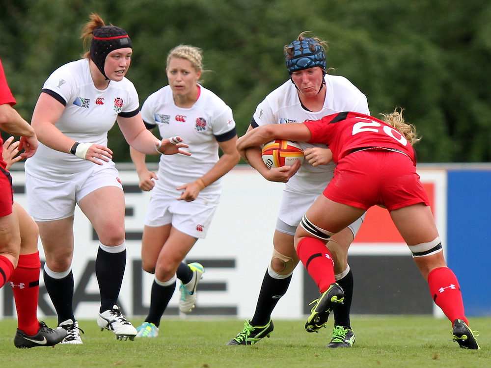 Rochelle Clark in action. England v Canada Pool A match at WRWC 2014 at Centre National de Rugby, Marcoussis, France, on 9th August 2014