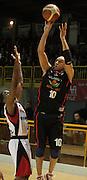 DESCRIZIONE : Lodi Lega A2 2009-10 Campionato UCC Casalpusterlengo - Riviera Solare RN<br /> GIOCATORE : Carlton Myers<br /> SQUADRA : Riviera Solare RN<br /> EVENTO : Campionato Lega A2 2009-2010<br /> GARA : UCC Casalpusterlengo Riviera Solare RN<br /> DATA : 14/03/2010<br /> CATEGORIA : Tre Punti<br /> SPORT : Pallacanestro <br /> AUTORE : Agenzia Ciamillo-Castoria/D.Pescosolido