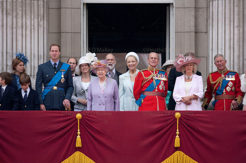 Mcc00233668 . Sunday Telegraph..The Queen, Prince Philip and other members of the Royal family on the balcony of Buckingham Palace during the Trooping the Colour ceremony, part of the Queens official birthday celebrations....London 12 June 2010..............Not GETTY.Not PA.Not AP.Not REUTERS .Not AFP.