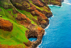 open-ceiling cave, Na Pali coast, Kauai, Hawaii, USA, Pacific Ocean