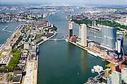 Nederland, Zuid-Holland, Rotterdam, 10-06-2015; Katendrecht, bijgenaamd De Kaap, met Brede Hilledijk. Rijnhaven met de Rijnhavenbrug naar de Wilhelminakade. Nieuwe Maas in het verschiet.<br /> Katendrecht peninsula, former port quarter.<br /> luchtfoto (toeslag op standard tarieven);<br /> aerial photo (additional fee required);<br /> copyright foto/photo Siebe Swart