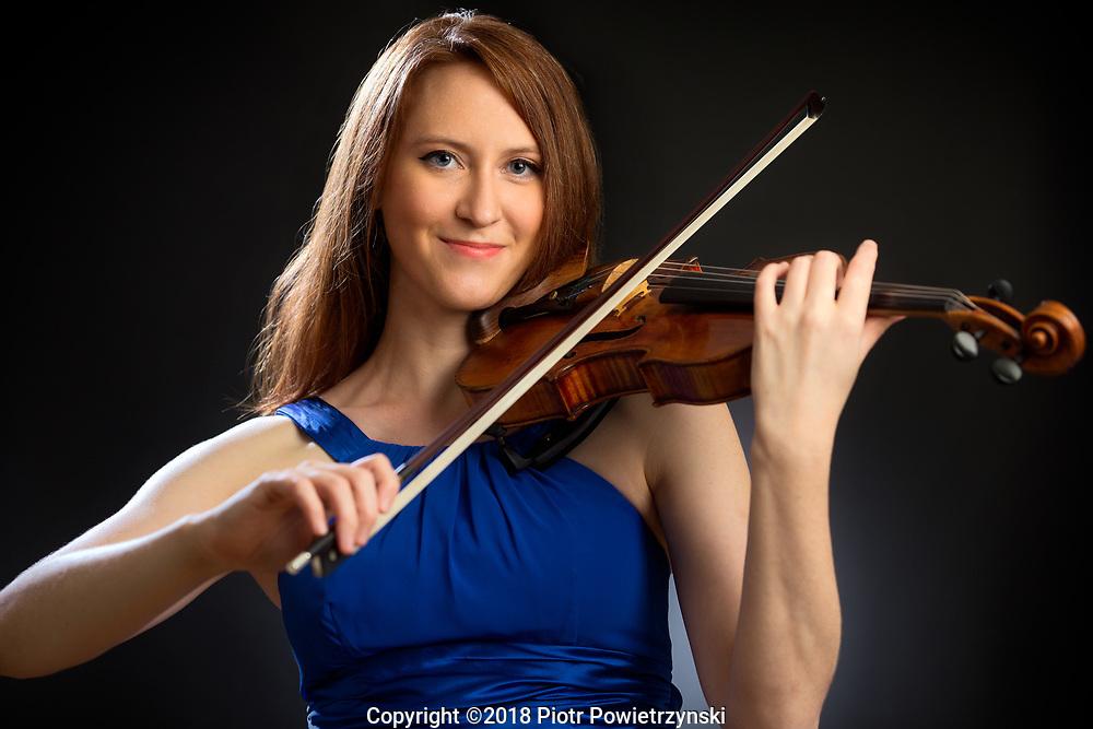Wendy Case - Violinist