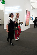 PHILIPPA PERRY; GRAYSON PERRY, OPENING OF FRIEZE ART FAIR. Regent's Park. London.  12 October 2011. <br /> <br />  , -DO NOT ARCHIVE-© Copyright Photograph by Dafydd Jones. 248 Clapham Rd. London SW9 0PZ. Tel 0207 820 0771. www.dafjones.com.