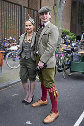 May 6, 2017 - London, UK - London, UK. Participants take part in the annual Tweed Run.  The 12 mile circuit takes in landmarks around central London, with stops for tea en route, and all with riders wearing vintage outfits. (Credit Image: © Stephen Chung/London News Pictures via ZUMA Wire)