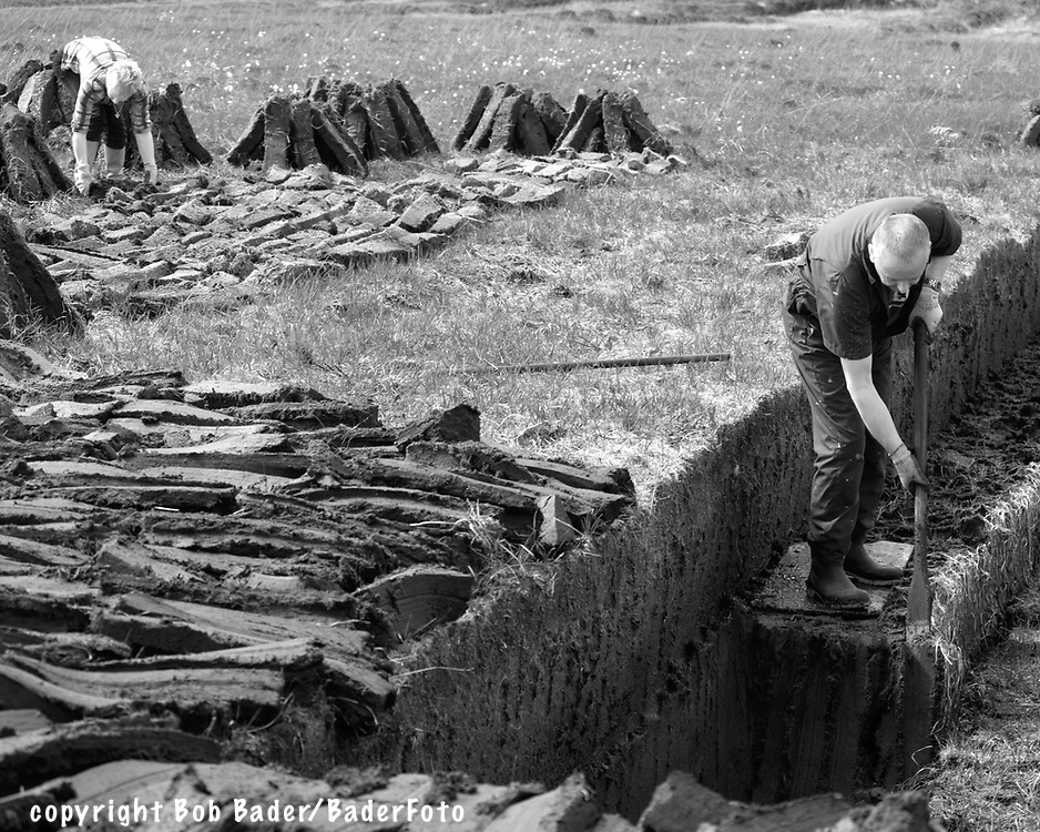 Cutting and Drying Peat by hand