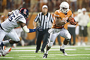 AUSTIN, TX - SEPTEMBER 14: Johnathan Gray #32 of the Texas Longhorns breaks free against the Mississippi Rebels on September 14, 2013 at Darrell K Royal-Texas Memorial Stadium in Austin, Texas.  (Photo by Cooper Neill/Getty Images) *** Local Caption *** Johnathan Gray