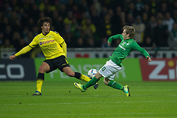 14.10.2011, Weser Stadion, Bremen, GER, 1.FBL, Werder Bremen vs Borussia Dortmund, im Bild.Mats Hummels (Dortmund #15) vs Marko Marin (Bremen #10).// during the Match GER, 1.FBL, Werder Bremen vs Borussia Dortmund on 2011/10/14,  Weser Stadion, Bremen, Germany..EXPA Pictures © 2011, PhotoCredit: EXPA/ nph/  Kokenge       ****** out of GER / CRO  / BEL ******