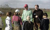 HALFWEG - Nationale C-jeugd meisjes kwamen bijeen op GC Houtrak. Dit olv de nieuwe bondscoaches bij de jeugd, Joost Steenkamer en John Vingoe.  COPYRIGHT KOEN SUYK