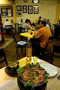 Belo Horizonte - MG, 27/02/2007. ..Fotos da vida bohemia de BH. Na foto o Restaurante Casa Cheia, no Mercado Central...FOTO: JOAO MARCOS ROSA / AGENCIA NITRO