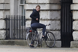 © Licensed to London News Pictures. 26/04/2021. London, UK. Former government press secretary Allegra Stratton arrives at Downing Street. Prime Minister Boris Johnson has come in for criticism from his former chief advisor Dominic Cummings. Photo credit: Peter Macdiarmid/LNP