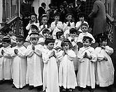 1969 - 04/12 Children's Christmas Choir at Mansion House