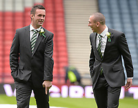 15/03/15 SCOTTISH LEAGUE CUP FINAL<br /> DUNDEE UTD v CELTIC<br /> HAMPDEN - GLASGOW<br /> Celtic manager Ronny Deila enjoys a pre-match chat with captain Scott Brown (right)