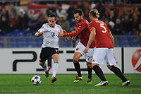 Ribery (Bayern) Casseti (Roma)<br /> Roma vs Bayern Monaco<br /> Champions League<br /> Stadio Olimpico, Roma, 23/11/2010<br /> Photo Antonietta Baldassarre Insidefoto