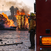 The Easy Fire in Simi Valley, CA came dangerously close to the Reagan library on Wednesday as firefighters worked to contain the fast moving wildfire.