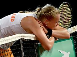 07-02-2015 NED: Fed Cup Nederland - Slowakije, Apeldoorn<br /> Kiki Bertens opende in Apeldoorn met een duidelijke nederlaag tegen Anna Schmiedlova (2-6 5-7).