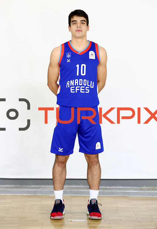 Anadolu Efes's Enes Bayraktar poses during the 2020-2021 Garanti BBVA BGL Media Day at the Anadolu Efes Sports Hall on February 02, 2021 in İstanbul, Turkey. Photo by Aykut AKICI/TURKPIX