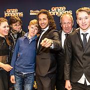 NLD/Amsterdam/20161219 - Filmpremiere Onze Jongens, Juvat Westendorp en familie