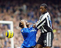 Fotball<br /> England 2004/2005<br /> Foto: SBI/Digitalsport<br /> NORWAY ONLY<br /> <br /> 04.12.2004<br /> <br /> Chelsea v Newcastle United<br /> Barclays Premiership<br /> <br /> Chelsea's Didier Drogba over reacts to this challenge from Titus Bramble
