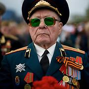 A Second World War veteran attends V-Day commemorations in Donetsk.
