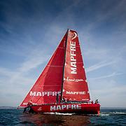 © María Muiña I MAPFRE: Pruebas de navegación con el nuevo mástil en Lisboa. Testing the new mast in Lisbon.