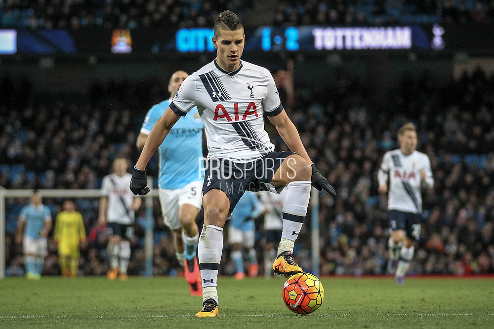 Érik Lamela (Tottenham Hotspur) steps on the ball during the Barclays Premier League match between Manchester City and Tottenham Hotspur at the Etihad Stadium, Manchester, England on 14 February 2016. Photo by Mark P Doherty.