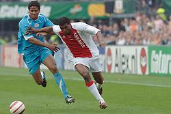 07-05-2006 VOETBAL: FINALE GATORADE CUP: AJAX - PSV: ROTTERDAM<br /> Ryan Babel met Michael Lamey die later een overtreding begaat en rood krijgt<br /> ©2006-WWW.FOTOHOOGENDOORN.NL