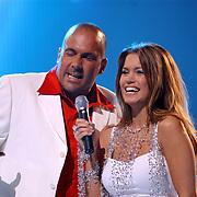 TMF awards 2004, Mental Theo en Sylvie Meijs, Theo Nabuurs