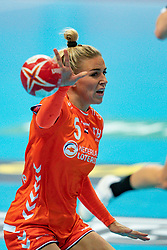 09-12-2019 JAP: Denmark - Netherlands, Kumamoto<br /> Second match Main Round Group1 at 24th IHF Women's Handball World Championship, Netherlands lost also the second match against Denmark with 27 - 24. / Jessy Kramer #5 of Netherlands