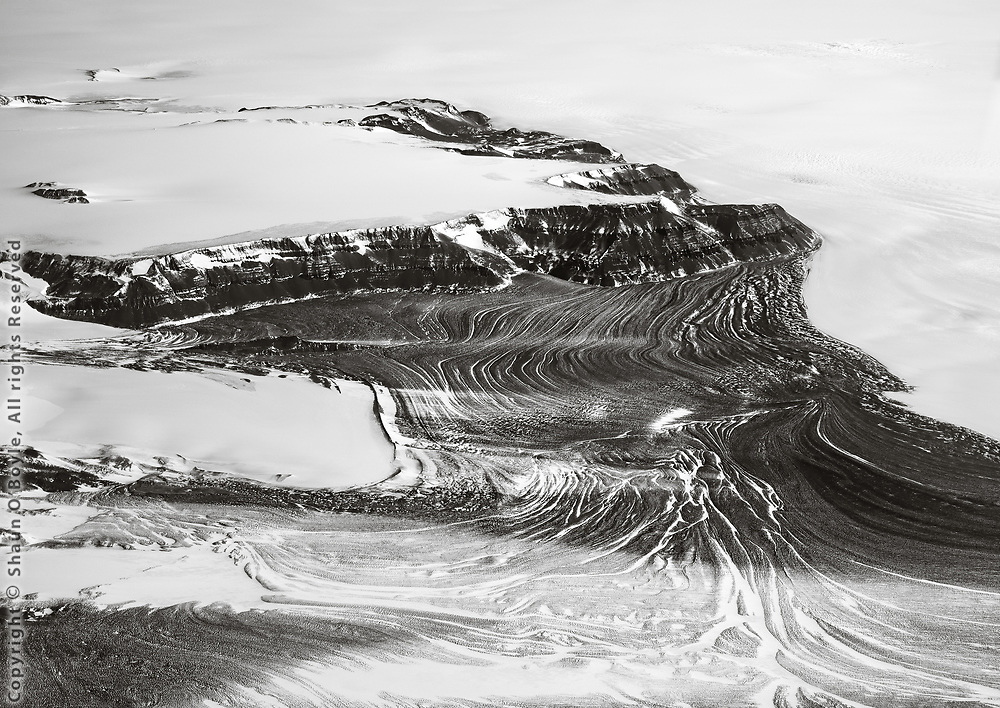 Mountain flow, on flight from the South Pole to McMurdo Station