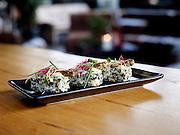 Sushi met sprinkhaan - Sushi with grasshopper
