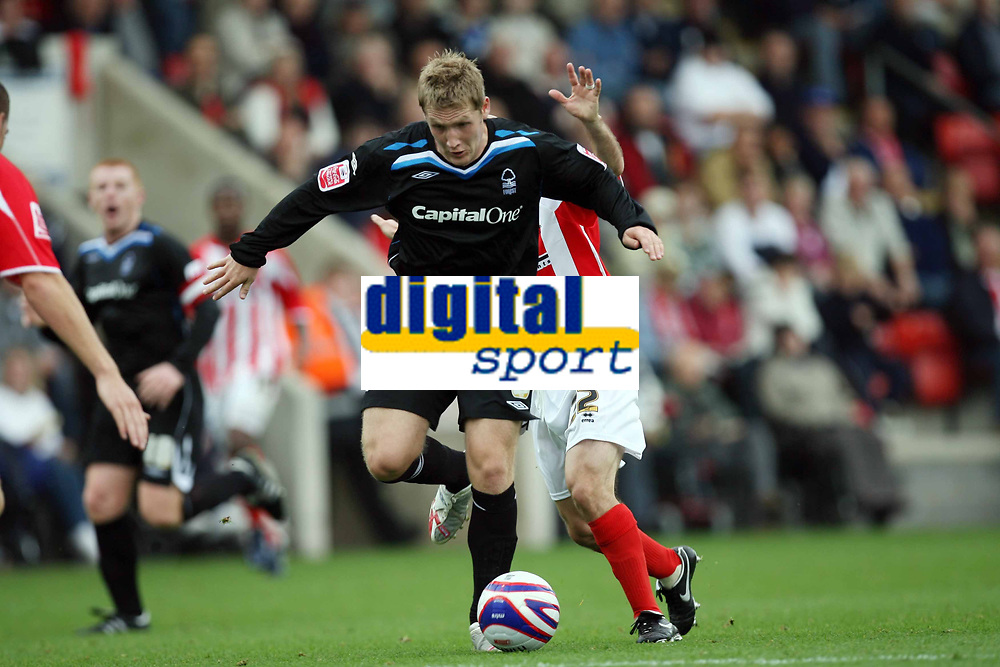 Photo: Rich Eaton.<br /> <br /> Cheltenham Town v Nottingham Forest. Coca Cola League 1. 13/10/2007. Forest's Kris Commons breaks thorugh the defence and scores late in the first half to make it 2-0 and celebrates.