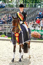 , Warendorf - Bundeschampionate  01. - 05.09.2010, Die kleine Liebe - Schürmann, Charlott-Maria - Championatssieger