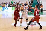 DESCRIZIONE : Campionato 2013/14 Finale GARA 4 Montepaschi Mens Sana Siena - Olimpia EA7 Emporio Armani Milano<br /> GIOCATORE : Matt Janning<br /> CATEGORIA : Passaggio Difesa<br /> SQUADRA : Montepaschi Siena<br /> EVENTO : LegaBasket Serie A Beko Playoff 2013/2014<br /> GARA : Montepaschi Mens Sana Siena - Olimpia EA7 Emporio Armani Milano<br /> DATA : 21/06/2014<br /> SPORT : Pallacanestro <br /> AUTORE : Agenzia Ciamillo-Castoria / Claudio Atzori<br /> Galleria : LegaBasket Serie A Beko Playoff 2013/2014<br /> Fotonotizia : DESCRIZIONE : Campionato 2013/14 Finale GARA 4 Montepaschi Mens Sana Siena - Olimpia EA7 Emporio Armani Milano<br /> Predefinita :