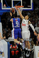 15.04.2015, Palacio de los Deportes stadium, Madrid, ESP, Euroleague Basketball, Real Madrid vs Anadolu Efes Istanbul, Playoffs, im Bild Real Madrid´s Gustavo Ayon and Anadolu Efes´s Dario Saric // during the Turkish Airlines Euroleague Basketball 1st final match between Real Madrid vand Anadolu Efes Istanbul t the Palacio de los Deportes stadium in Madrid, Spain on 2015/04/15. EXPA Pictures © 2015, PhotoCredit: EXPA/ Alterphotos/ Luis Fernandez<br /> <br /> *****ATTENTION - OUT of ESP, SUI*****