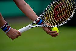 13-06-2019 NED: Libema Open, Rosmalen Grass Court Tennis Championships / Racket, ball, service