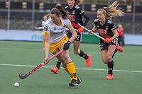 AMSTELVEEN - Lidewij Welten (DenBosch) tijdens de halve finale wedstrijd dames EURO HOCKEY LEAGUE (EHL),  Amsterdam-HC Den Bosch. (1-1) Den Bosch wint shoot outs en plaats zich voor de finale.  COPYRIGHT  KOEN SUYK