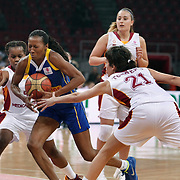 Lotos Gdynia's Geraldine ROBERT (C) during their woman Euroleague group A matchday 5 Galatasaray between Lotos Gdynia at the Abdi Ipekci Arena in Istanbul at Turkey on Wednesday, November 09 2011. Photo by TURKPIX