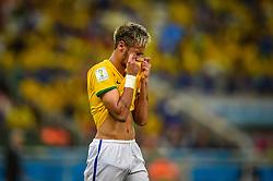 Neymar Júnior lamenta lance da partida entre Brasil x Colombia, válida pelas quartas de final da Copa do Mundo 2014, no Estádio Castelão, em Fortaleza-CE. FOTO: Jefferson Bernardes/ Agência Preview
