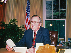 United States President George H.W. Bush addresses the nation from the Oval Office of the White House in Washington, D.C. concerning the U.S. invasion of Panama on December 20, 1989. The action resulted in the removal of General Manuel Noriega from the leadership of Panama.<br /> Credit: Ron Sachs / CNP /ABACAPRESS.COM