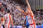DESCRIZIONE : Reggio Emilia Lega A 2014-15 Grissin Bon Reggio Emilia - Banco di Sardegna Sassari playoff finale gara 5 <br /> GIOCATORE :Polonara Achille<br /> CATEGORIA : Esultanza Mani <br /> SQUADRA : GrissinBon Reggio Emilia<br /> EVENTO : LegaBasket Serie A Beko 2014/2015<br /> GARA : Grissin Bon Reggio Emilia - Banco di Sardegna Sassari playoff finale gara 5<br /> DATA : 22/06/2015 <br /> SPORT : Pallacanestro <br /> AUTORE : Agenzia Ciamillo-Castoria / Richard Morgano<br /> Galleria : Lega Basket A 2014-2015 Fotonotizia : Reggio Emilia Lega A 2014-15 Grissin Bon Reggio Emilia - Banco di Sardegna Sassari playoff finale gara 5  Predefinita :