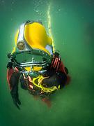 Superlite 17 K helmet diver at Dutch Springs, Scuba Diving Resort in Bethlehem, Pennsylvania